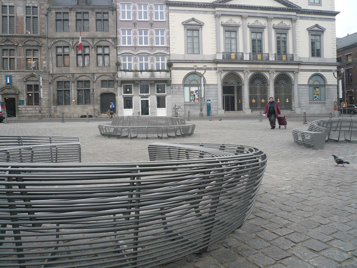 circular bench_Mons_Lucile Soufflet3