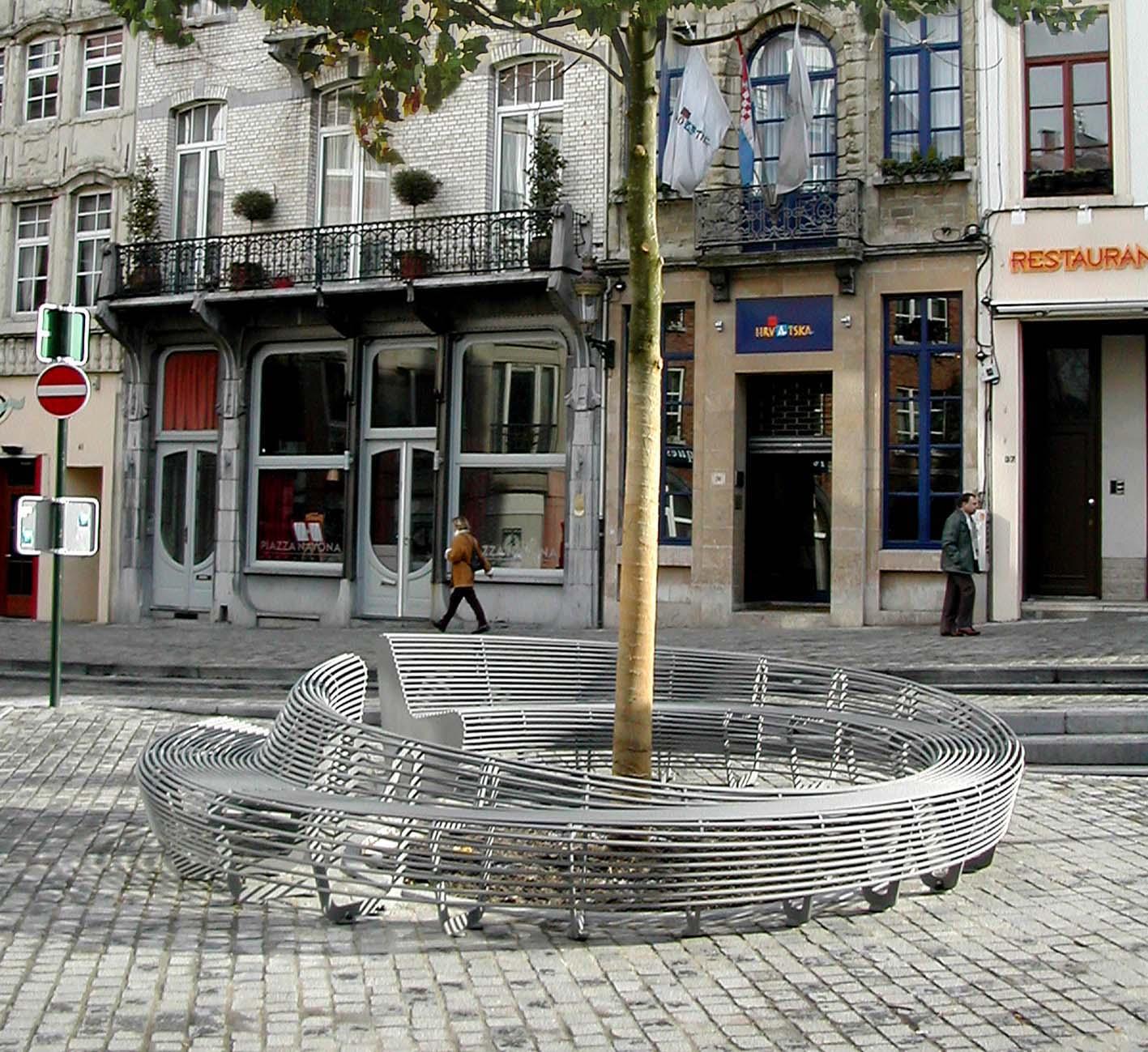 circular bench_Bruxelles 1000_Lucile Soufflet
